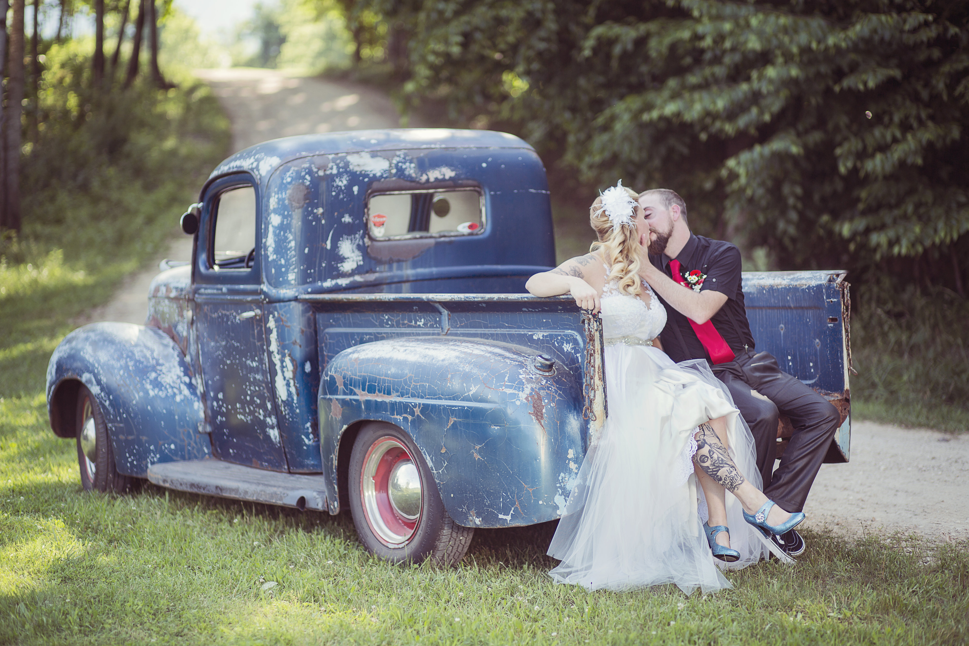 View More: http://creartsyphotography.pass.us/erin-foley-wedding-edits